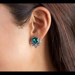 🔥SALE🔥 Retro Emerald Gothic Wing Earrings